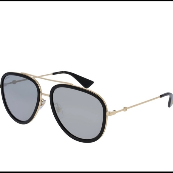Gucci unisex  aviator sunglasses.